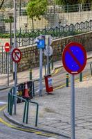 vista de uma rua urbana em macau foto