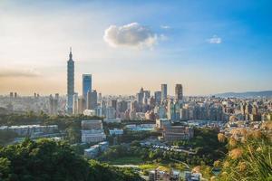 vista panorâmica da cidade de taipei foto