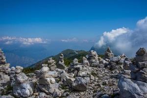 Cairn no Monte Baldo foto
