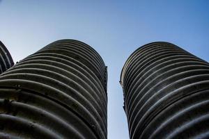torres vanguardistas foto