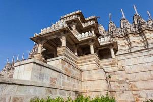 templo de ranakpur jain em rajasthan, índia foto