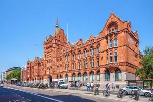 vista da rua do distrito de holborn em Londres, Inglaterra foto