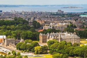 vista aérea de edimburgo, escócia, reino unido foto