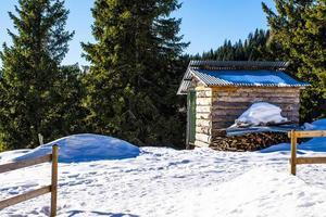 neve e galpão foto