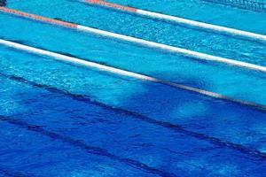 piscina de competição vazia foto