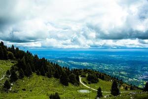 estrada pelas montanhas foto