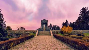 belgrado, sérvia, 18 de março de 2017 - monumento ao soldado desconhecido da primeira guerra mundial foto