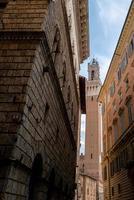 o palazzo pubblico em siena, na itália foto