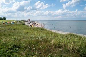 a praia em hooksiel na alemanha foto
