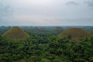 as colinas de chocolate em Bohol nas Filipinas foto