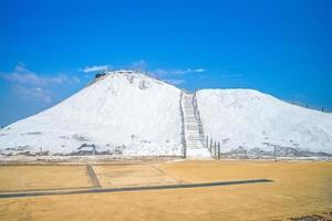 montanha de sal no condado de cigu, tainan foto