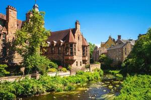 água da vila de Leith em Edimburgo, Escócia, Reino Unido foto