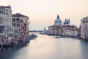 a cidade de veneza pela manhã, itália foto