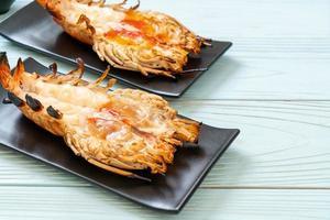 camarão gigante fresco grelhado foto