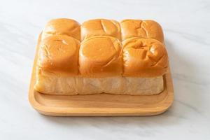 pão com creme pandan tailandês foto