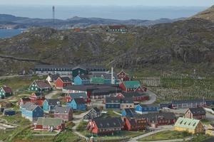 vista de qaqortoq na Groenlândia foto