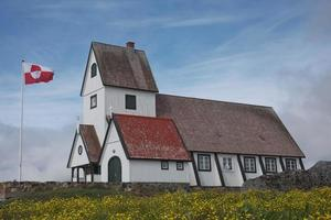 igreja em nanortalik, gronelândia foto