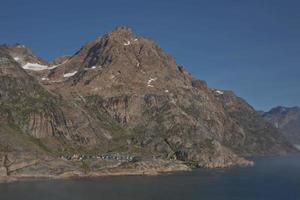 aldeia aappilattoq no fiorde prince-christian-sund no sul da Groenlândia foto