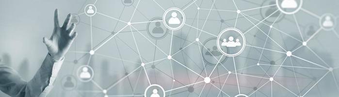 imagem conceitual de fundo com linhas de conexão social no fone panorâmico. foto