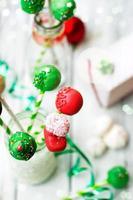 bolo decorado de natal aparece fundo de feriado foto