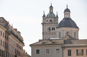 Igreja de San Lorenzo Martire em Gênova foto