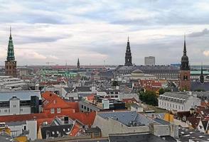 paisagem urbana da cidade de copenaghen, na dinamarca foto