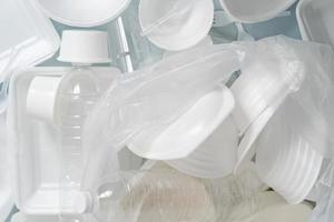 grupo de produtos de plástico e espuma foto