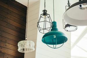 lâmpada de teto vintage foto