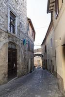 arquitetura de ruas e edifícios no centro de amelia foto