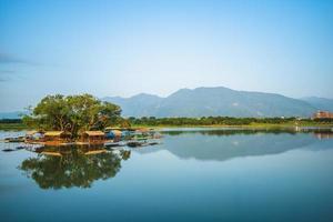 lagoa dapo, um lago em chishang, taitung, taiwan foto