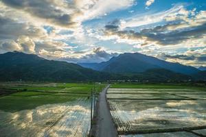 cenário do município de dongli em hualien, taiwan foto