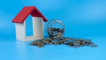 investimento imobiliário, planejamento financeiro de hipoteca de casa e conceito de refinanciamento de casa imobiliária foto