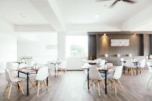 desfoque abstrato e restaurante desfocado com bar e café foto
