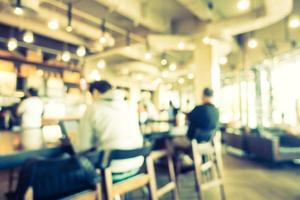 desfoque abstrato e interior desfocado do café foto