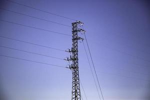 céu da torre elétrica foto