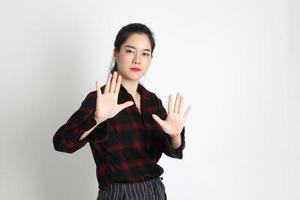 mulher em estúdio foto