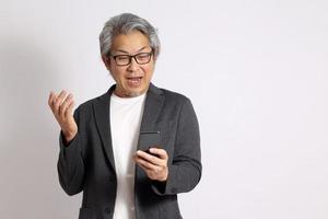 homem asiático sênior foto