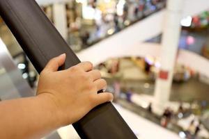 escada rolante de mão foto