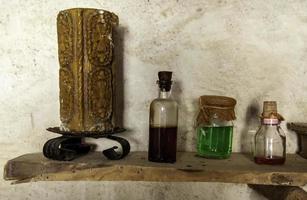 líquidos para bruxaria e magia foto