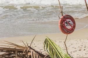 detalhe de uma praia brasileira foto
