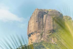 vista da pedra gavea no rio de janeiro brasil. foto