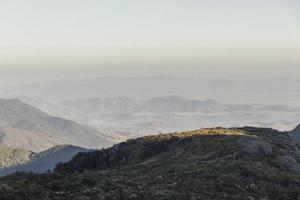 pelas trilhas de itatiaia foto