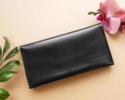 bolsa de couro preto foto