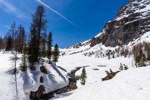 dolomitas de cortina d'ampezzo no alto valle del boite belluno itália foto