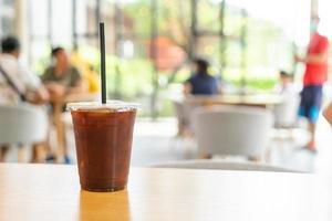 café americano gelado em café restaurante foto