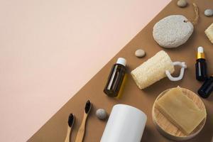 composição de produtos naturais de autocuidado diferentes foto