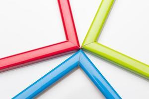 molduras coloridas e uma fita de presente foto