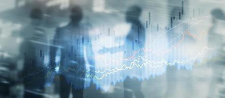 gráfico de gráfico de crescimento de finanças de negócios analisando diagrama de negociação e conceito de câmbio forex dupla exposição foto