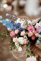 elegantes decorações de casamento feitas de flores naturais foto