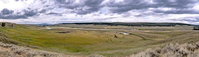 vale de Hayden e rio de Yellowstone, parque nacional de Yellowstone foto
